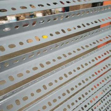 hot rolled equal angle steel steel angles mild steel angle bar/price per kg iron steel angle bar